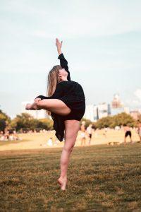 Dancer at Head To Toe Studio